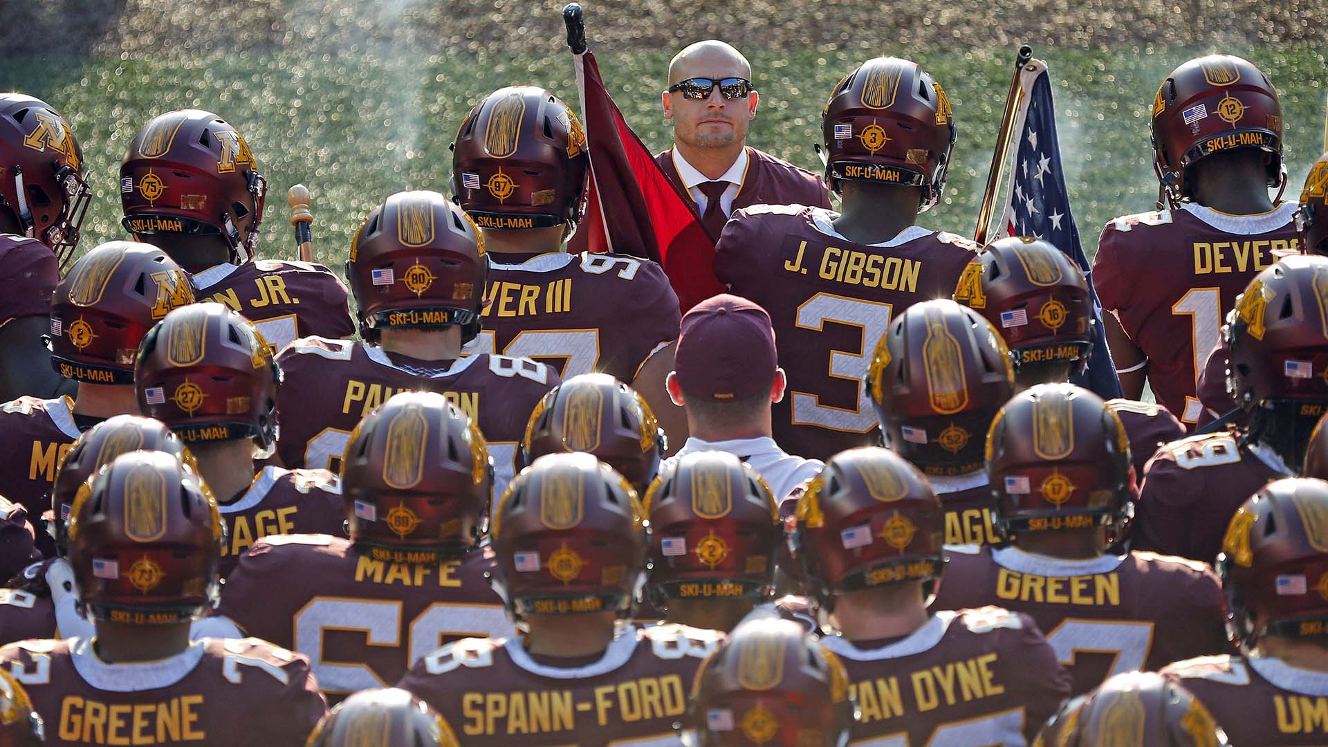 Gophers Welcome Redhawks To Tcf Bank Stadium For A 2 30 P M On Saay